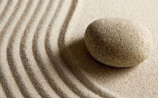 nisip si piatra