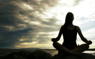 cum sa afli raspunsuri prin meditatie